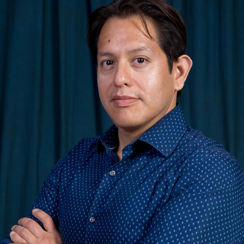 Roberto Luna, Psy D. (La Jolla)